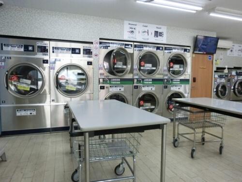 コインランドリーで布団を洗濯乾燥